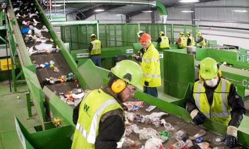 recycling-workers